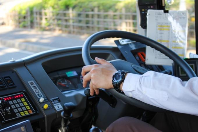 バスの運転手のバイトイメージ