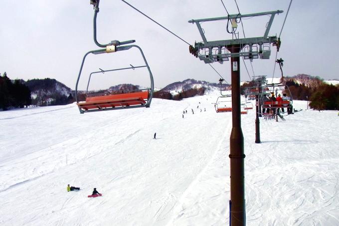 スキー場のリフト係のバイトイメージ