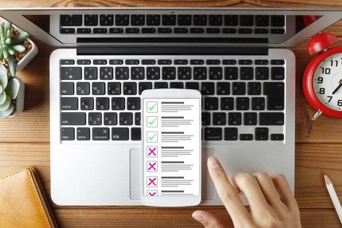 パソコンとスマートフォンのチェックリスト